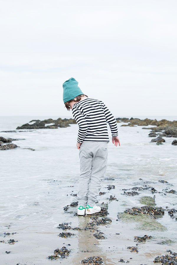 Gray-Label_Campaign_Autumn-Winter_Striped-Sweater_Beanie_Sea-Green_Pant_Grey-Melange
